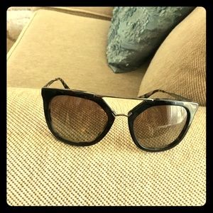 Genuine Prada Sunglasses SPR 13Q